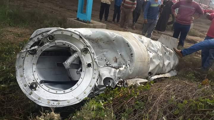سقوط جسم معدني من الفضاء في كفر الزيات يعتقد أنه «خزان وقود طائرة»