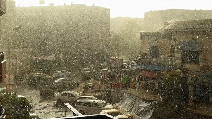 أمطار غزيرة في الشيخ زايد