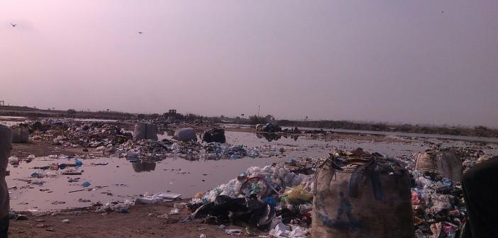 📷| بالصور.. مواطن: ارتفاع منسوب بحيرة ماريوت.. والمياه تهدد بيوت «أبيس»