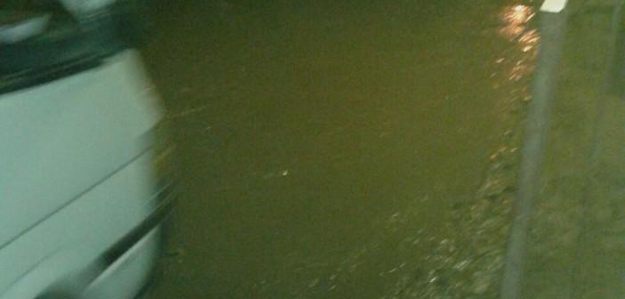 📷| غرق «ميت حمل» بالشرقية في مياه الصرف لليوم الـ3 على التوالي