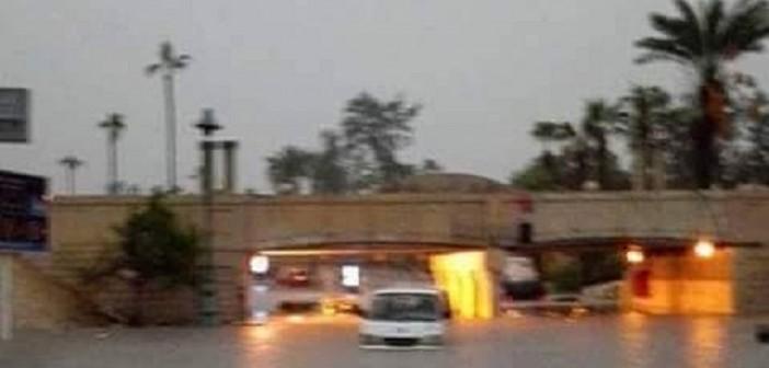 بالصور.. مياه الأمطار تُغرق الإسكندرية من جديد