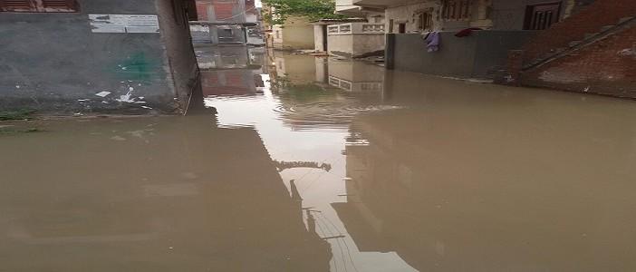 📷| بالصور.. البحيرة مازالت تعاني من الأمطار والصرف.. وموجة جديدة غدًا