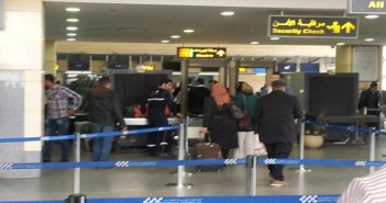 انقطاع المياه عن مطار برج العرب