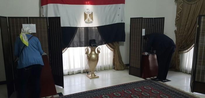 بالصور.. أجواء تصويت المصريين بالبحرين في الانتخابات