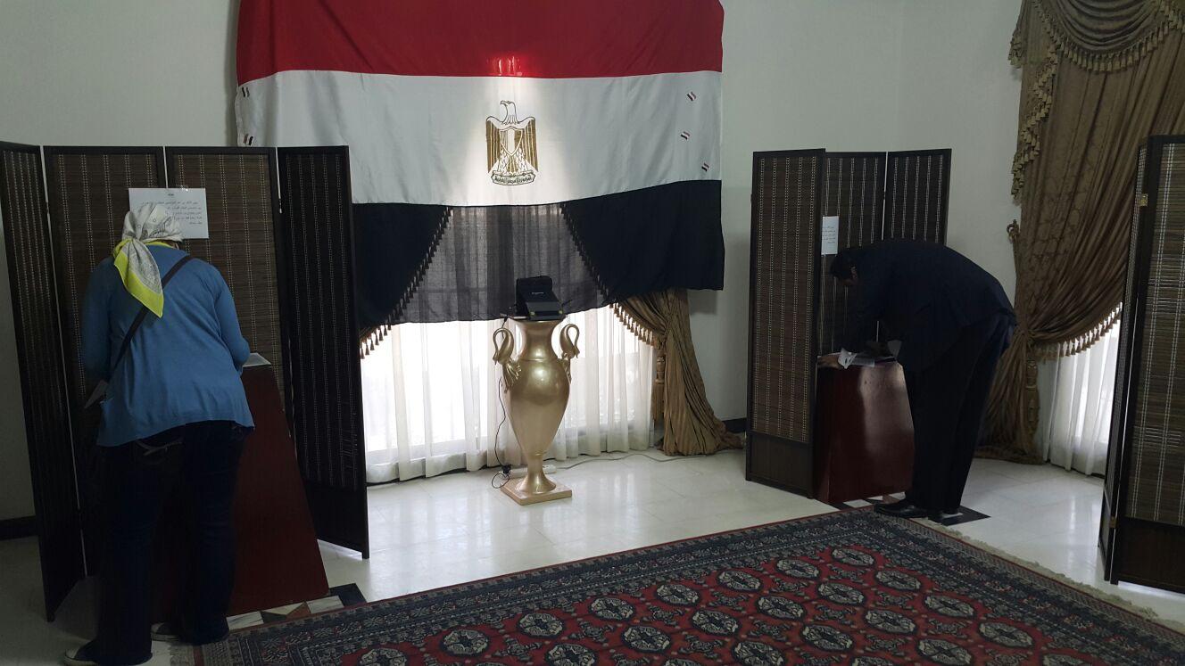 أجواء تصويت المصريين في البحرين في الانتخابات