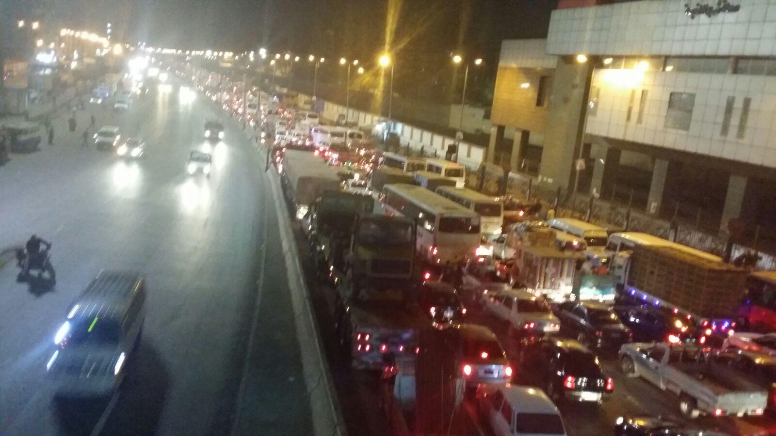 شلل مروري على «القاهرة ـ الإسكندرية» الزراعي من شبرا حتى «الدائري»