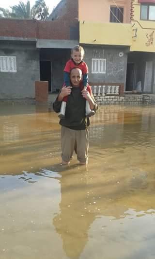 غرق قرى كاملة بكفر الدوار.. والأهالي يتركون بيوتهم هربًا من الكارثة