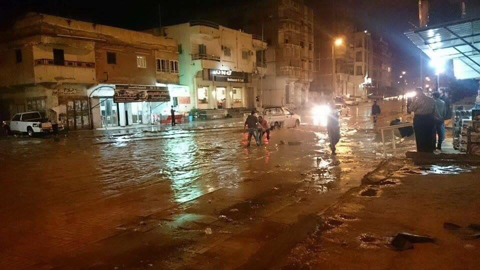 شمال سيناء.. شوارع غارقة في الأمطار.. واستغاثات دون استجابة