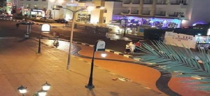 عاملون في فنادق شرم الشيخ يكتبون عن حالهم بـ«مدينة الأشباح»