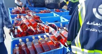 ضبط آلاف من زجاجات الخمر في السعودية