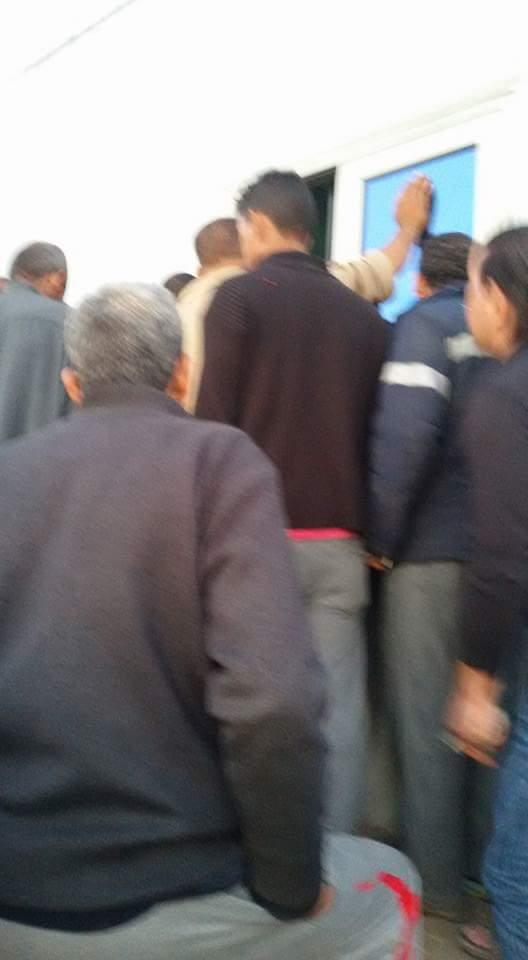 زحام على كارتة بوابة إسكندرية.. وبطء إجراءات دفع الرسوم