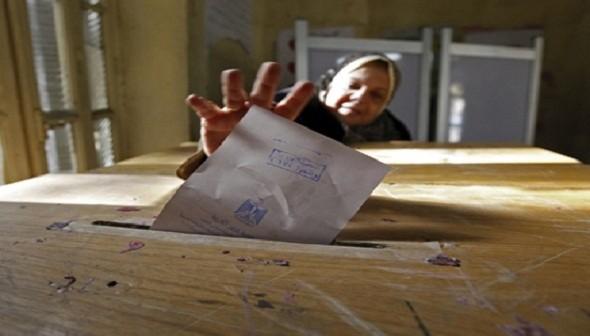 فيديو.. لجنة 83 في أبوكبير مُغلقة.. وناخبات: «رئيسها بيتغدى في 4 ساعات»