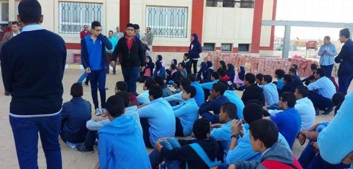 بالصور.. احتجاج طلابي بالبحر الأحمر: لا معامل مُجهزة بالإنترنت و«اللاب توب»