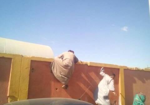 📷| إغلاق نفق محطة الأقصر وقت زيارة «الجيوشي».. ومواطنون يتسلقون الجدران