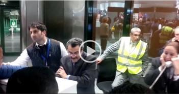تكدس مصريين في مطار ميلانو بعد تأجيل الرحلات للقاهرة بسبب الظروف الجوية