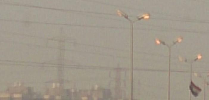 📷| بالصور.. أعمدة إنارة الأوتوستراد مضيئة نهارًا مُظلمة ليلا