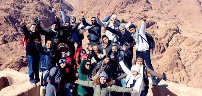 📷 #اكتشف_مصر.. محمد نبيه يشاركنا صورته وأصدقائه على جبال سانت كاترين