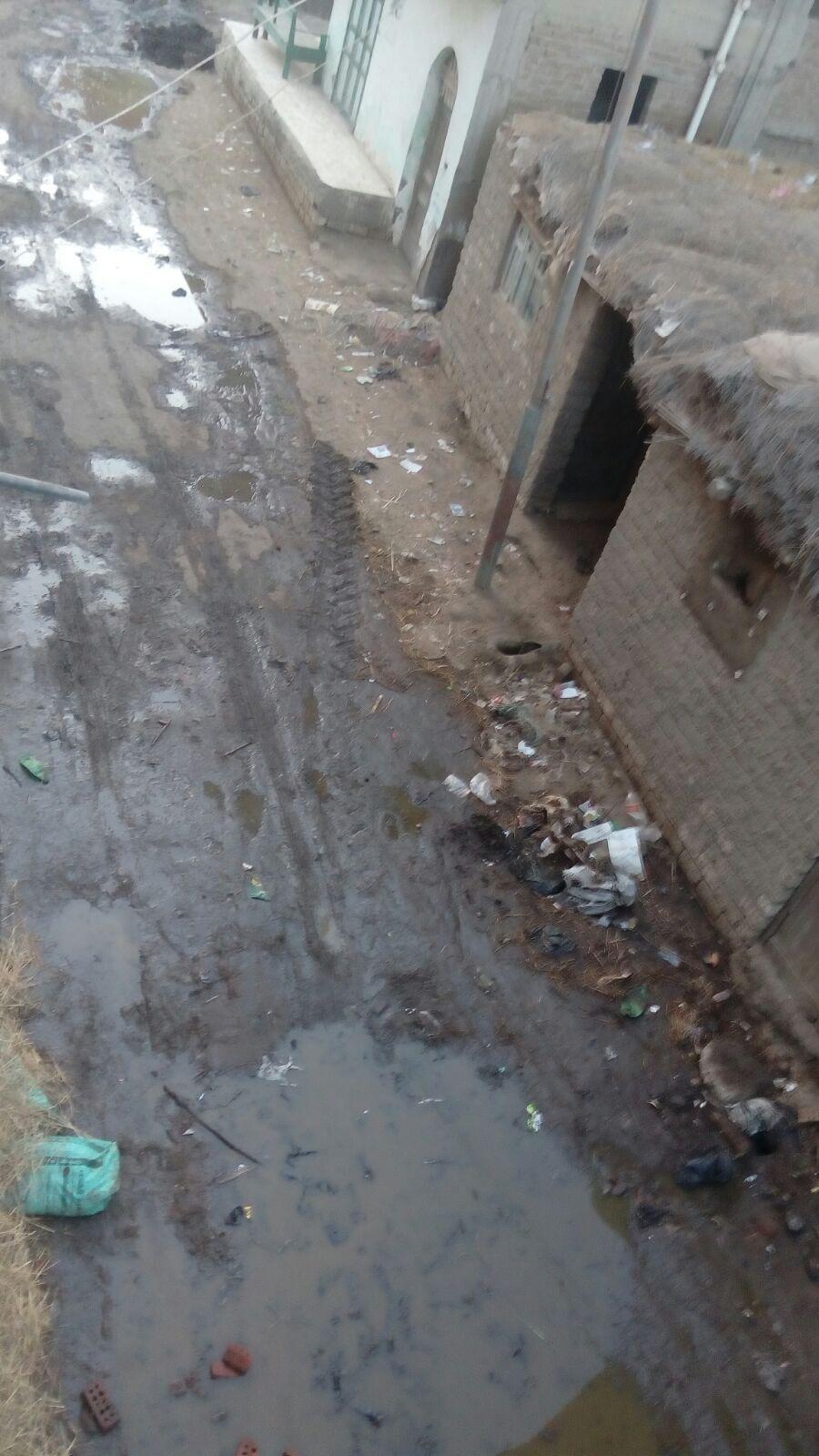 10 آلاف مواطن في «السحايت» بكفر الشيخ دون شبكة صرف صحي