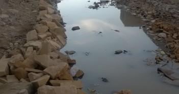 مياه الصرف تضرب شارع «فرخندة حسن» بالبساتين منذ 3 شهور