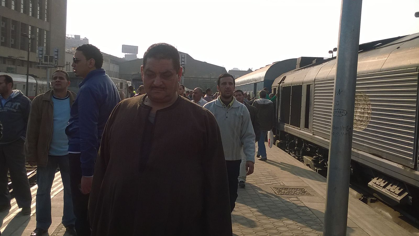 شلل بمحطة مصر بعد إضراب قائدي القطارات لأكثر من ساعتين