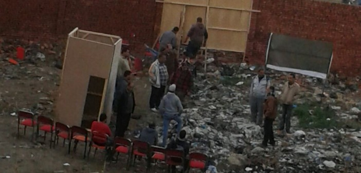 بالصور.. مواطنون يتهمون أشخاصًا بالاستيلاء على أرضهم بقوة السلاح بدمياط
