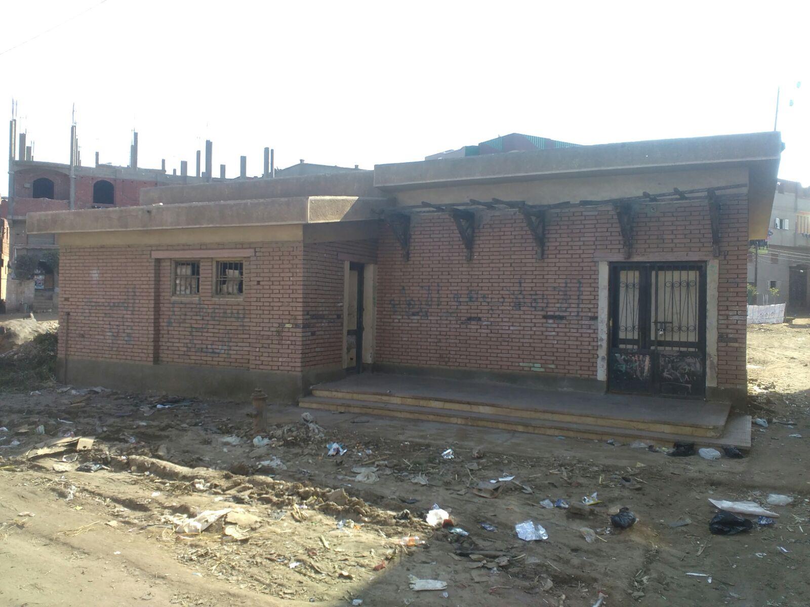 أولياء أمور بإحدى قرى الغربية يطالبون بحل أزمة نقص المدرسين