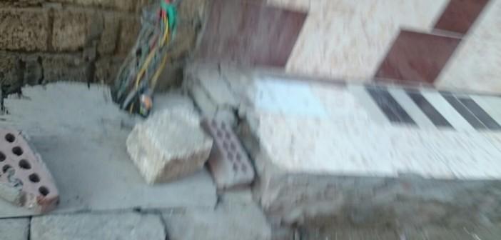📷  وصلات كهرباء مكشوفة في شوارع عرب غنيم بحلوان