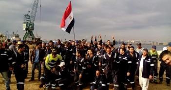 احتجاجات عمال شركات قناة السويس تدخل يومها الـ 5 للمطالبة بضمهم للهيئة