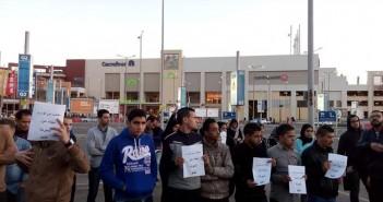 وقفة لعمال «كايرو فستيفال» للمطالبة بكوبري مشاه لعبور «الدائري»