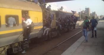 الكوارث تضرب القطارات في أي وقت.. قطار طنطا ـ القاهرة مثالا