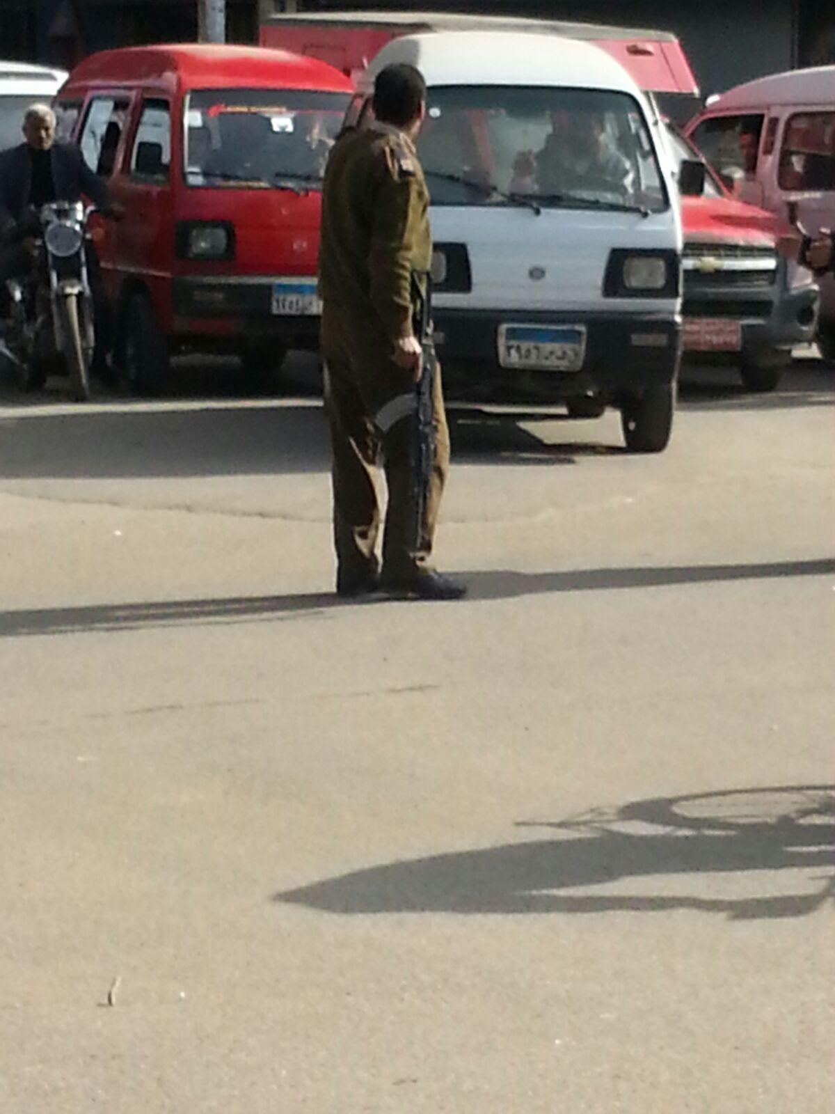 مُتحرش يطلق النار على فتاة.. والشرطة تتجاهل استغاثات شقيقها