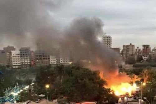 حريق في الحديقة الدولية للنباتات بجزيرة أسوان