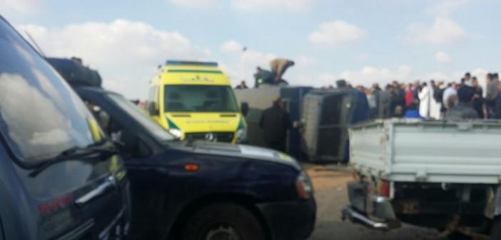 📷| انقلاب سيارة شرطة مُحملة بالجنود بالإسماعيلية