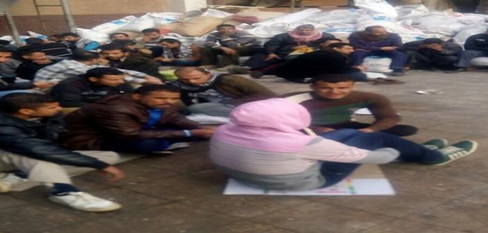 بالصور.. إضراب عمالي في شركة كبرى للبلاستيك بالعاشر من رمضان