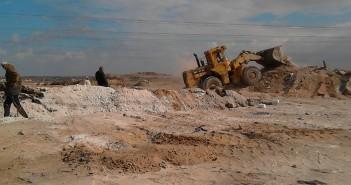 بالصور.. مهندس يحذر من عمليات استيلاء على أراضي الدولة على «الصحراوي»