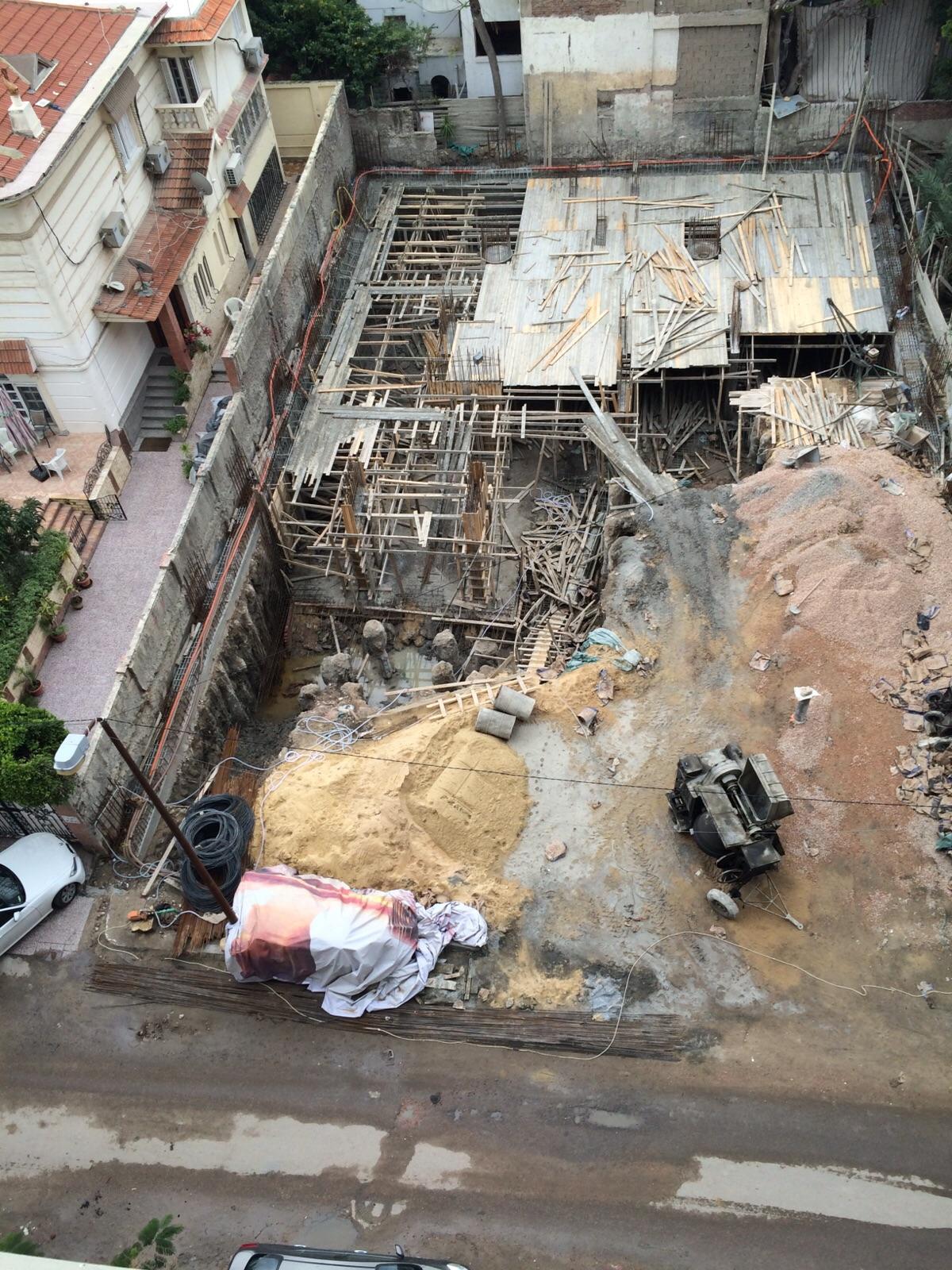 بعد هدم «أجيون».. مواطن يُرصد هدم فيلات سموحة ومخالفات البناء