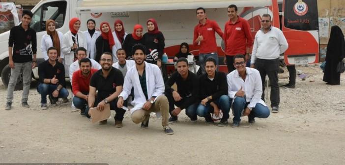 حملة تبرع بالدم في بني سويف لجمعية طلاب صيدلة بجامعة النهضة