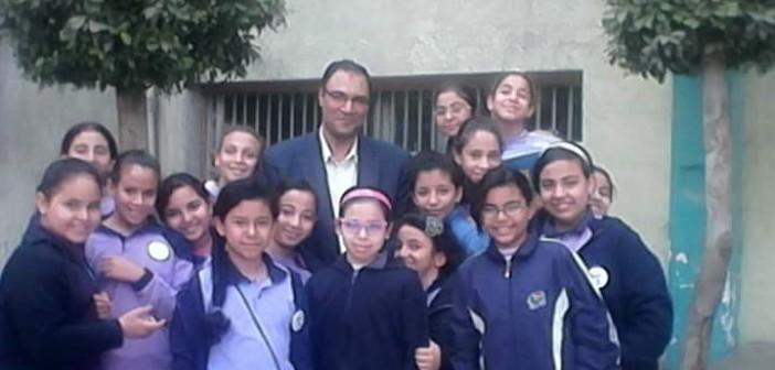 📷  معلمو مدرسة «يوسف جاد الله» بالهرم يكتبون عن أزمة ضم الفترتين: «المدير مظلوم»