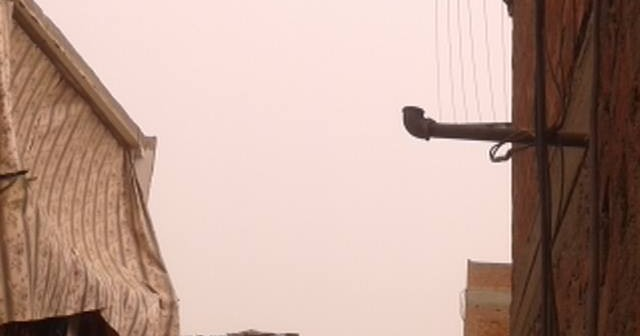 عاصفة ترابية تضرب القاهرة والقليوبية.. وانخفاض في درجات الحرارة