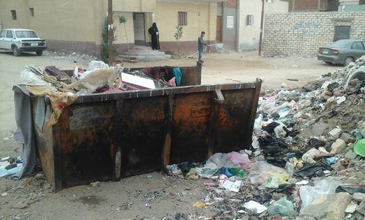 صور| غضب سكان القصاصين الجديدة لتجاهل مسؤولي المدينة رفع القمامة