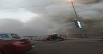بالصور.. حريق على كورنيش المعادي أسفل الدائري.. وتصاعد سحب الدخان