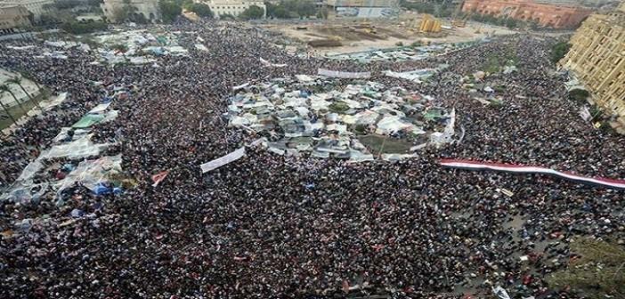 ▶ فيديو| سؤال اللحظة.. ماذا يفعل الشباب في ذكرى ثورة 25 يناير؟ (هانتفرج)