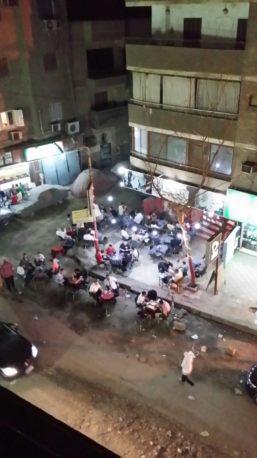 مقاهي في شارع سهل حمزة تتسببب في إزعاج الأهالي