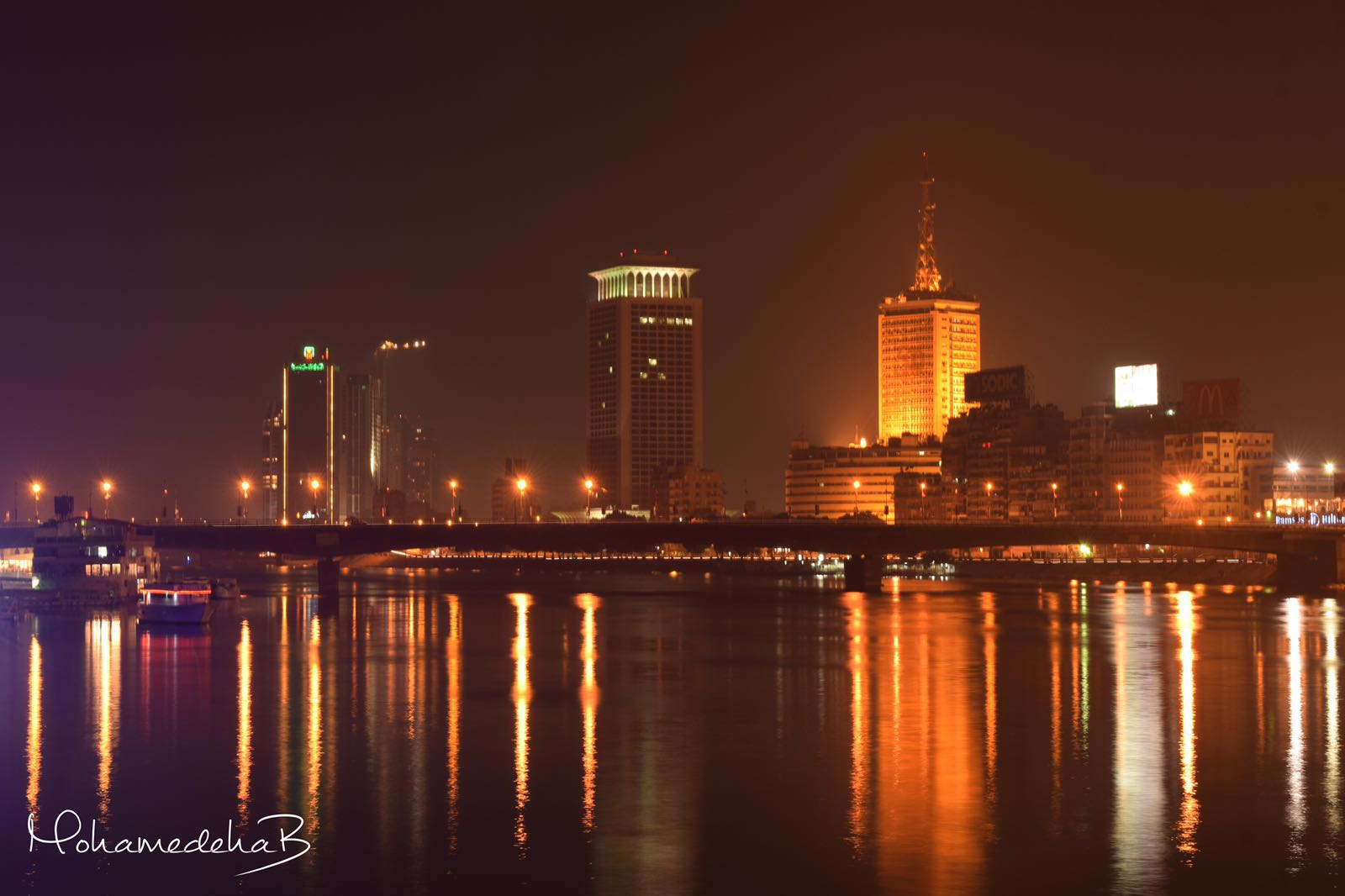 جمال القاهرة ليلا.. وسحر نهر النيل