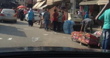إشغالات الباعة الجائلين بشارع فرنسا بالإسكندرية تثير غضب المواطنين