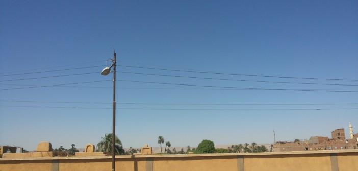 الظلام يخيم على شوارع «نجع أبوزقالي» بسوهاج لتعطل أعمدة الإنارة