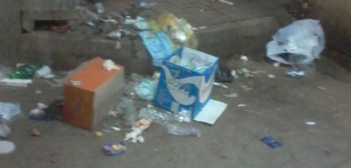تدني مستوى النظافة في مستشفى سوهاج الجامعي (صورة)
