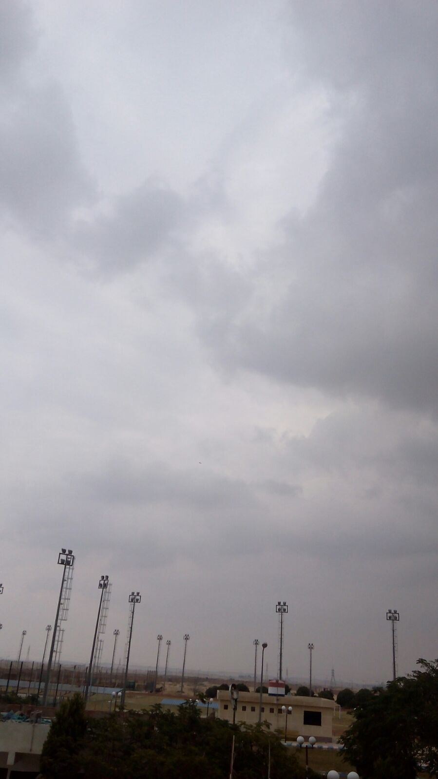 أمطار خفيفة وأجواء مُلبدة بالغيوم في الإسماعيلية