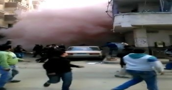 بالفيديو.. لحظة انهيار عقار بالإسكندرية