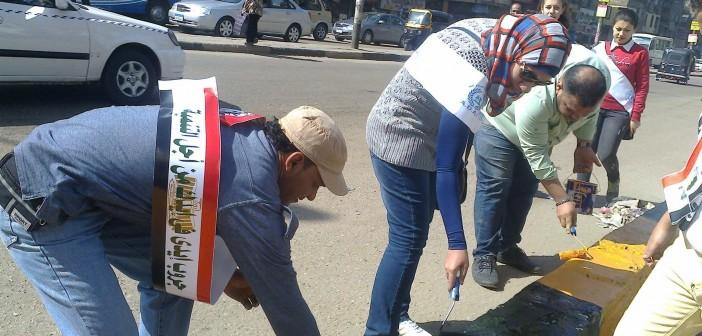 بالصور.. حملة نظافة شعبية بشوارع شبرا الخيمة بمشاركة رئيس حي غرب